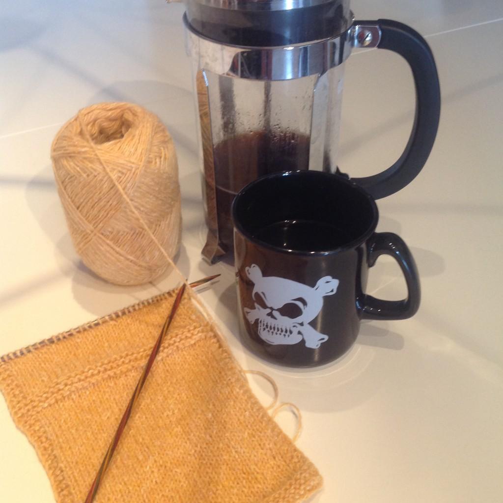 Strikkeprøve og kaffekos