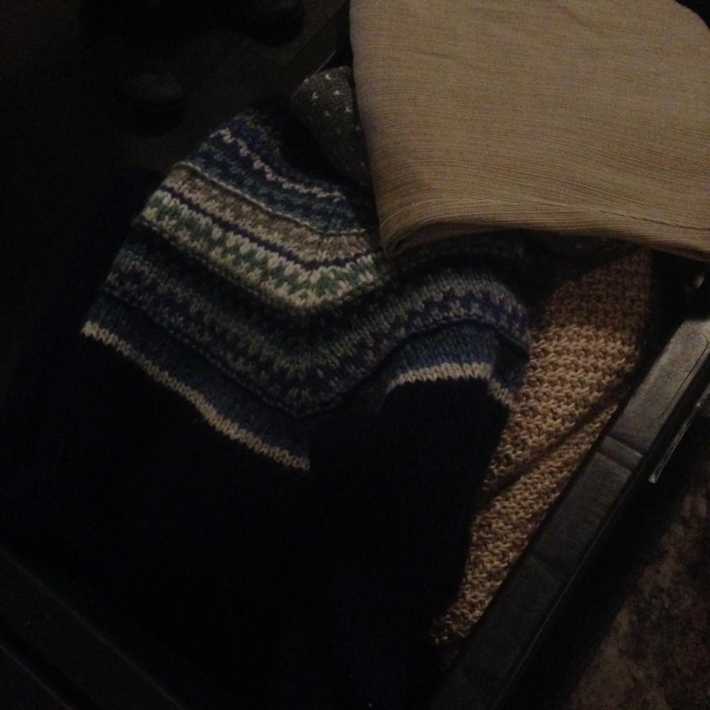 Varme gensere, mye var hjemmestrikket.